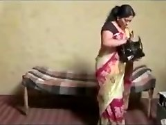 Tamil gal seducing hot