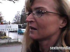 Deutsche Mütter wollen auch nur gefickt werden!