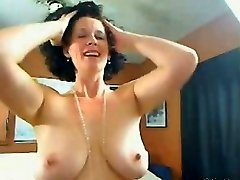Me Big-chested housewife Shanon teasing on cam