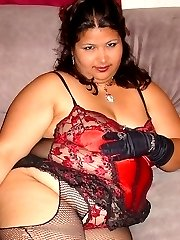 Plumper Jez in stockings and lace