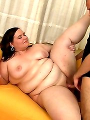 He picks her up while she's out shopping and he bones her wet BBW pussy back at his place
