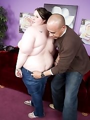 Cute plumper Jelli Bean shows off her enormous rack and gets her pussy plugged with a dick
