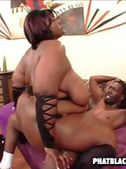 huge black babe gets fucked hard