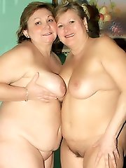 Bbw lezzies Anna and Yolanda go for a damsel on girl fuck-a-thon play and engage in coochie licking