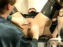 Bizarre german vintage rubber gyno session