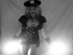 Vintagepolicesexyinterrogationturnsintohardanal&Bjs&Squirtpussyfucking