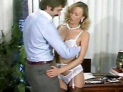 Ursula Gaussmann-Fuckfest at the office(Gr-2)
