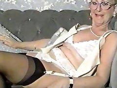 Lydia - The Vintage Grandma