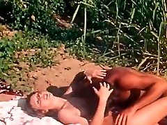 Wild fuck-fest with beautiful and big-boobed blondie in exotic place of africa