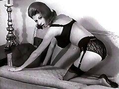 SOFA Strip - vintage nylons pantyhose striptease big boobs
