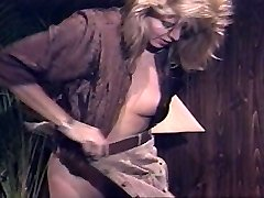 Lingerie whore in Rope-on action