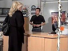 Morir Chefin wird gefickt