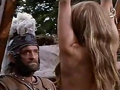 Whipping Scene fra Viking Queen