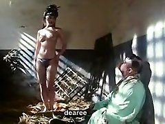 香港映画のシーンのヌード