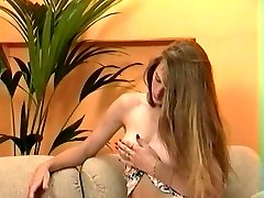 Cute teasing amatuer vintage hairy vulva nubile