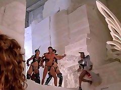 gwendoline 1984 dalis prancūzijos kultas seksualių nuotykių filmas