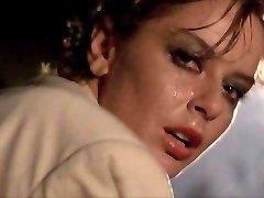 Scandalosa Valmistatud Relvade Kasutamine Kaasa Toob (1985) Cuckold Erootilise