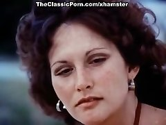 Linda Lovelace, Harry Reems, Dolly Sharp in old-school sex