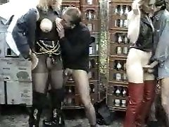 Old-school german fetish movie FL 7