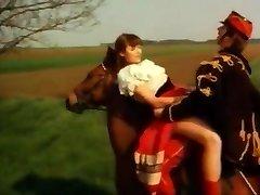 emisijas datumi deutsches schnelles ficken auf pferd heuhaufen