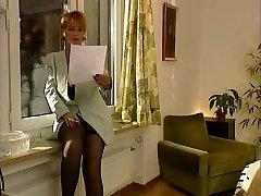 Немецкая Классическая мамаша выпускном классе