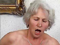 Бабуля Норма