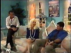 Ξανθιά Ομορφιά ANAL, DP, Ψηλά Τακούνια, Vintage, Ελένη Ντιβάλ