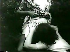 Čudovito Amaterski film z Dlakavi, na Prostem prizorov