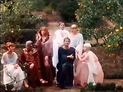 Valérie Kaprisky 1982 Afrodite - orgia.avi