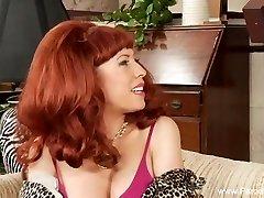 Oženjen Redhead milf