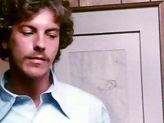 Bored secretary takes facial cumshot - antique porn