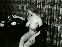 Fleshy Smokin MILF from 1950's