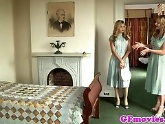 Antique girly-girl fingering stockinged dyke