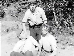 Tytot ja pojat samasta kylasta(1951年)