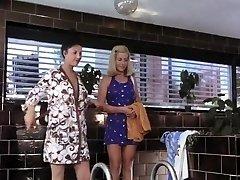 britt corvin, birgit zamulo, marijas forsa meitene satiek meiteni, aka vild pa dzimums (1974)