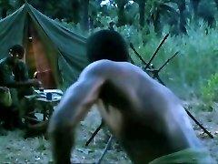 supruga fucks black stallion pred mužem rogonja
