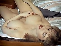 EROTIC DAYDREAMS - vintage British big boobs sweetheart teases