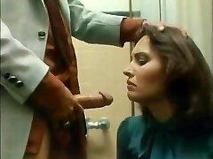Secretary Bathroom Deepthroat