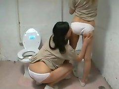 Prision Lesbians 2