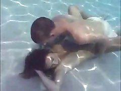 سکس زیر آب