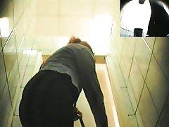 Hidden.Toilet.Piss.Spycam.Pisshunters-2