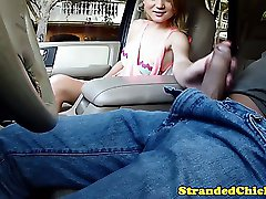 Hitching amateur giving blowjob to driver