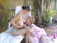 تغذیه با شیر مادر, تالیف