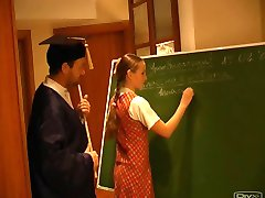 روسی دختر مدرسه ای نلی 2