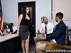 Brazzers - Hefty Tits at School - Dad Fuckin