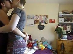 Ljubljenje djevojke 412 (iste djevojke kao u kg 411)