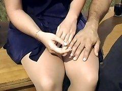 Bionda Sexy collant scopare all'aperto