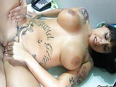 Curvy tattooed Latina wild anal riding