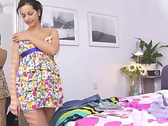 BRUNETTE ASDYNA SHAVED PUSSY WITH SURPRISE