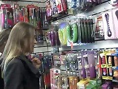 مراجعه به فروشگاه